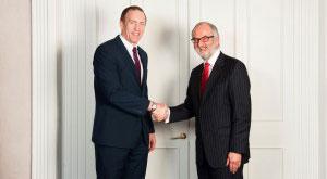 John Daly, MD of MMP, congratulates Stephen Walsh. January 2016